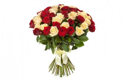 45 белых и Красных роз